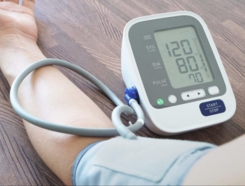 Ba câu hỏi cần biết về phòng ngừa tăng huyết áp  高血壓患者防疫期須知這三個問題