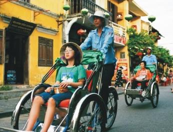 Nhiều điểm du lịch ở Việt Nam mở cửa trở lại đón khách  越南多處旅遊景點重新開門迎客